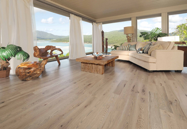 cottage laminate flooring is available in a plethora of styles and designs where each of the wood species